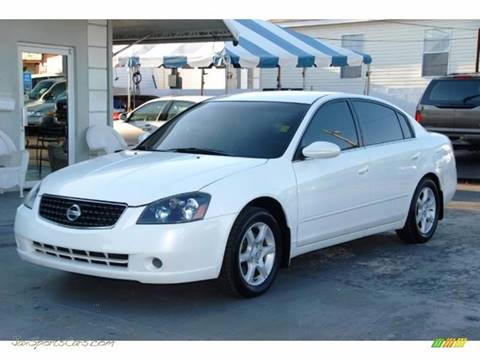 2006 Nissan Altima for sale at Lundy Motors in South Hill VA