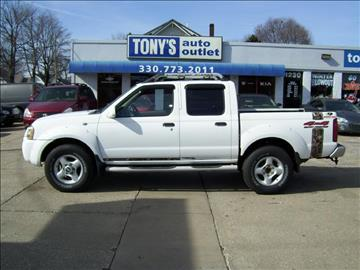 2001 Nissan Frontier for sale in Akron, OH