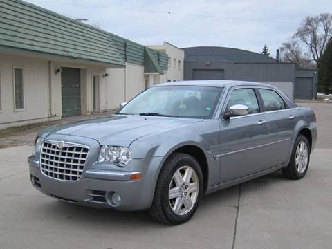 2006 Chrysler 300 for sale in Pontiac, MI