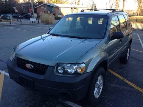 2005 Ford Escape for sale at Best Deal Auto Sales in Saint Charles MO