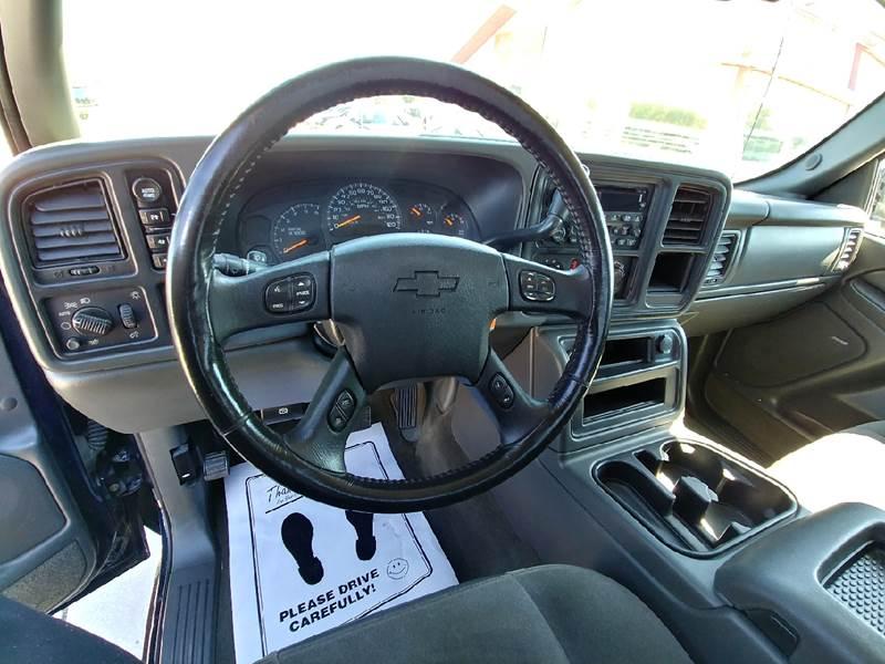 2005 Chevrolet Silverado 1500 for sale at Johnson's Auto Sales Inc. in Decatur IN