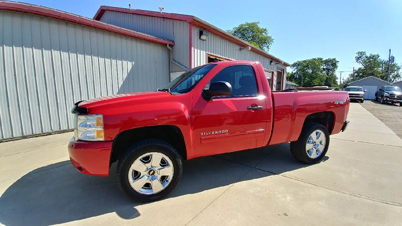2011 Chevrolet Silverado 1500 for sale at Johnson's Auto Sales Inc. in Decatur IN
