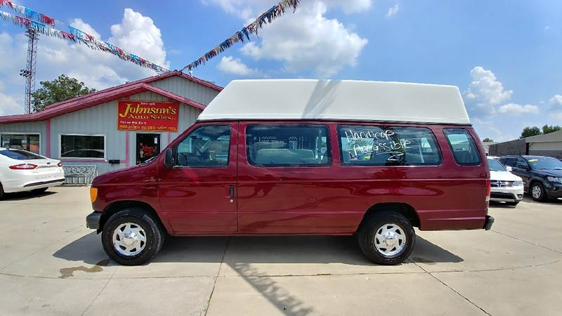 2003 Ford E-Series Wagon for sale at Johnson's Auto Sales Inc. in Decatur IN