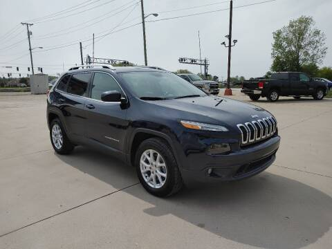 2016 Jeep Cherokee for sale at Johnson's Auto Sales Inc. in Decatur IN