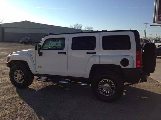 2007 HUMMER H3 for sale at Johnson's Auto Sales Inc. in Decatur IN
