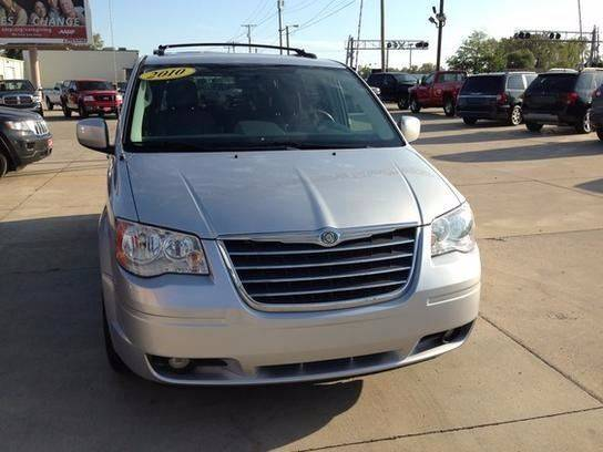 2010 Chrysler Town and Country for sale at Johnson's Auto Sales Inc. in Decatur IN