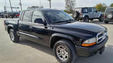 2004 Dodge Dakota for sale at Johnson's Auto Sales Inc. in Decatur IN