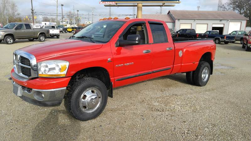 2006 Dodge Ram Pickup 3500 for sale at Johnson's Auto Sales Inc. in Decatur IN
