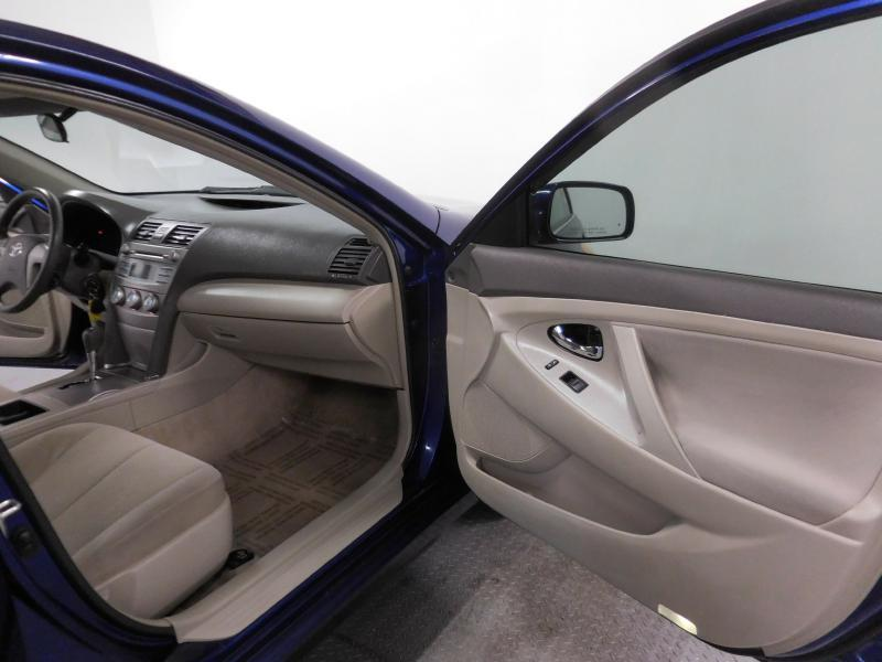 2009 Toyota Camry for sale at Cincinnati Automotive Group in Middletown OH