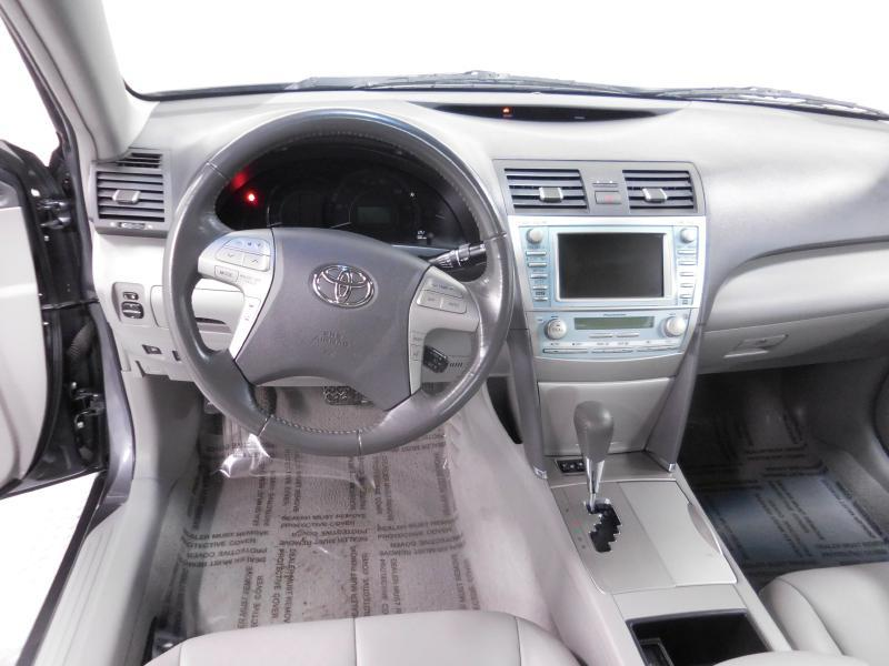 2009 Toyota Camry Hybrid for sale at Cincinnati Automotive Group in Middletown OH