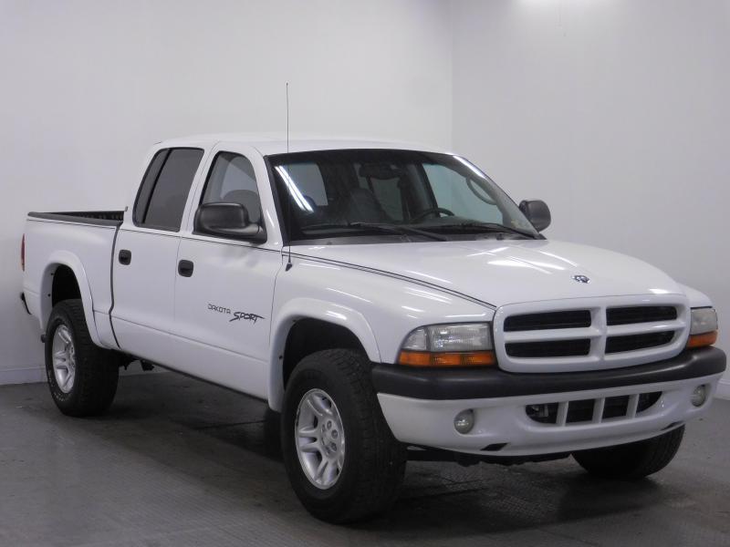 2001 Dodge Dakota for sale at Cincinnati Automotive Group in Middletown OH