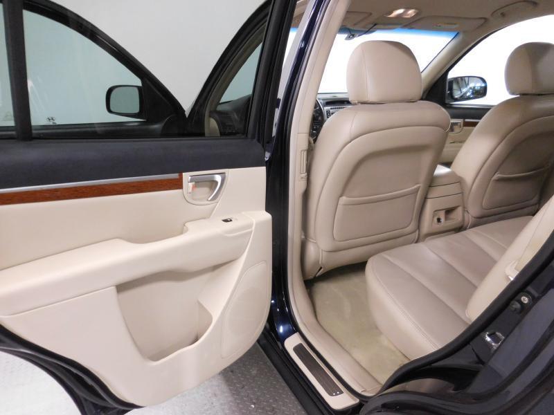 2007 Hyundai Santa Fe for sale at Cincinnati Automotive Group in Middletown OH