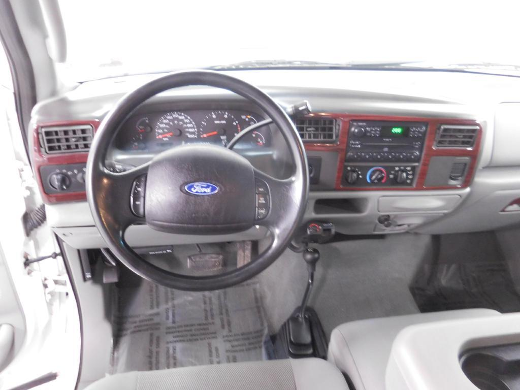 2004 Ford F-350 Super Duty for sale at Cincinnati Automotive Group in Middletown OH