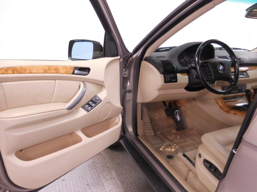 2006 BMW X5 for sale at Cincinnati Automotive Group in Middletown OH