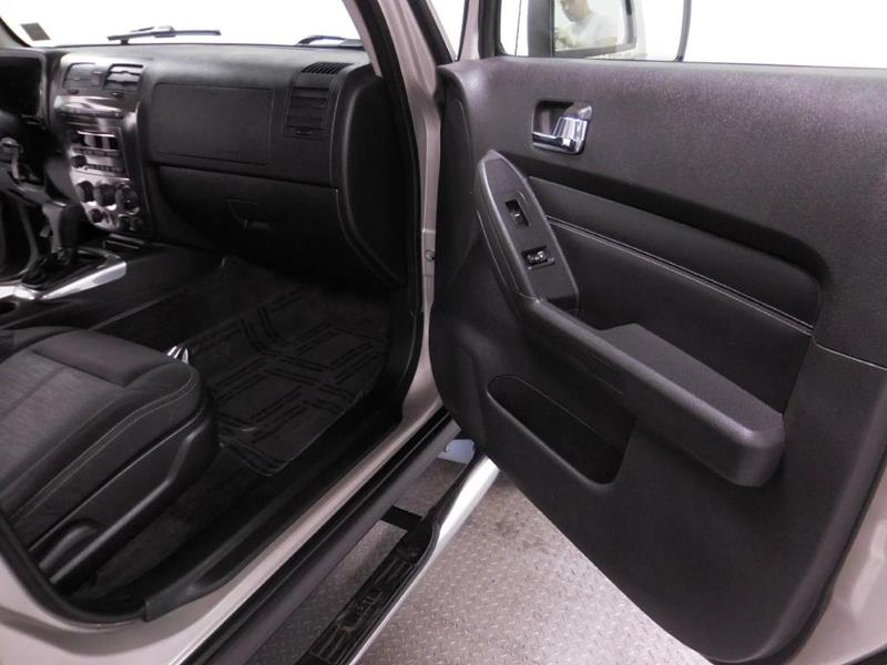 2007 HUMMER H3 for sale at Cincinnati Automotive Group in Middletown OH