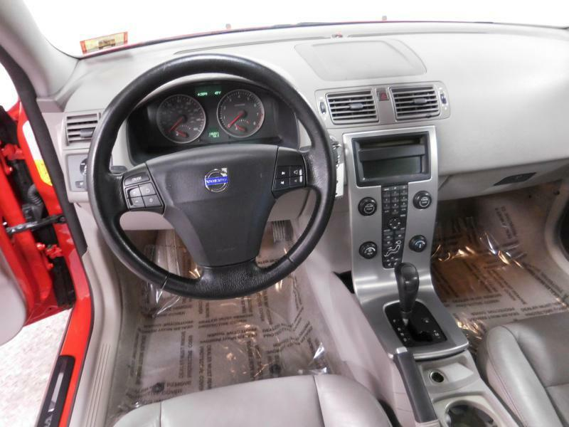 2006 Volvo S40 for sale at Cincinnati Automotive Group in Middletown OH