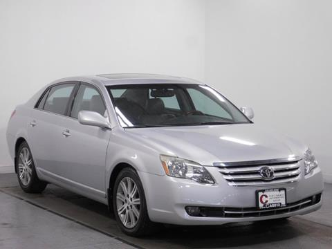 2006 Toyota Avalon for sale at Cincinnati Automotive Group in Middletown OH