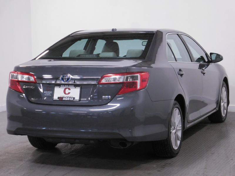 2014 Toyota Camry Hybrid for sale at Cincinnati Automotive Group in Middletown OH