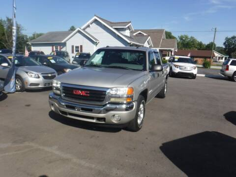 2005 GMC Sierra 1500 for sale at Rob Co Automotive LLC in Springfield TN