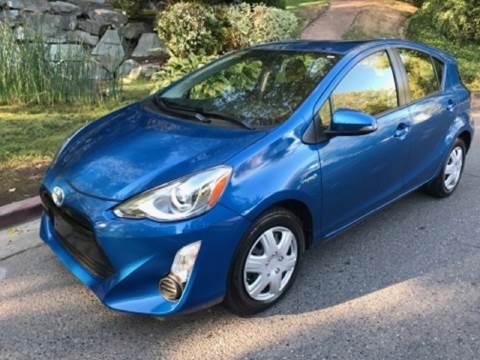 2015 Toyota Prius c for sale in Kirkland, WA