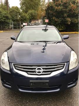 2012 Nissan Altima for sale at Lakeside Auto Connection in Kirkland WA