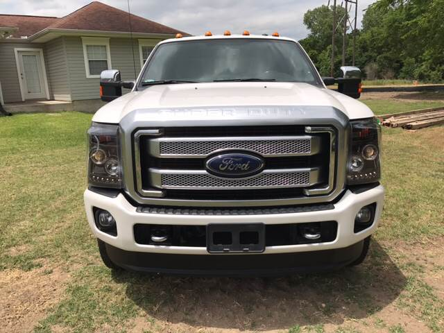 2015 Ford F-250 Super Duty for sale at Premier Motor Company in Bryan TX