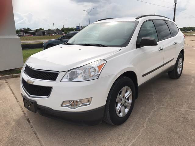 2012 Chevrolet Traverse for sale at Premier Motor Company in Bryan TX