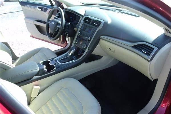 2014 Ford Fusion SE 4dr Sedan - Carmi IL