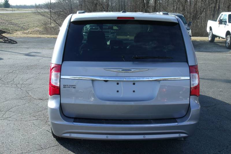 2013 Chrysler Town and Country Touring-L 4dr Mini-Van - Carmi IL