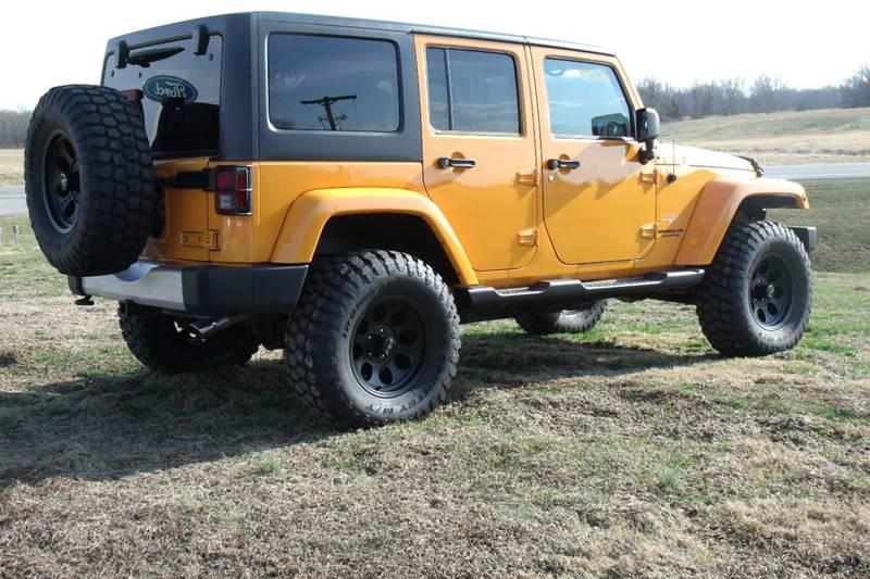 2012 Jeep Wrangler Unlimited 4x4 Sahara 4dr SUV - Carmi IL