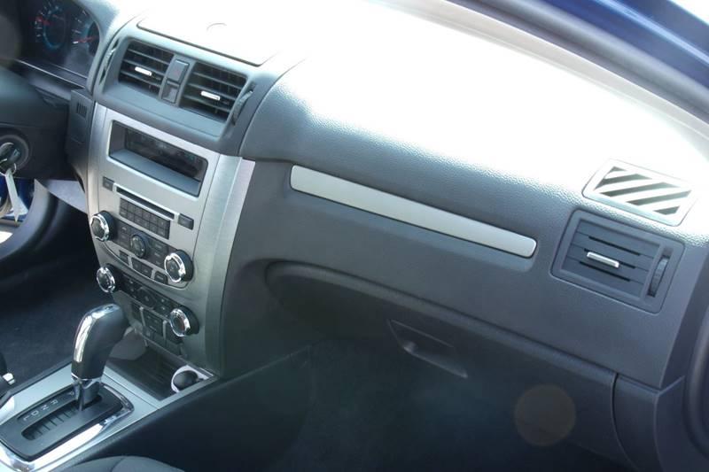2012 Ford Fusion SE 4dr Sedan - Carmi IL