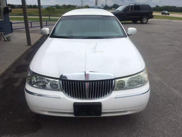 2001 Lincoln Town Car for sale at Chads Auto Center in Oologah OK