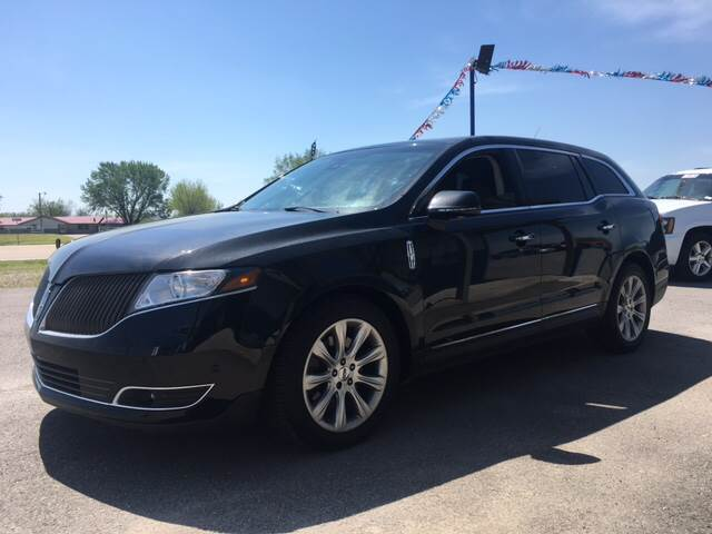 2013 Lincoln MKT for sale at Chads Auto Center in Oologah OK