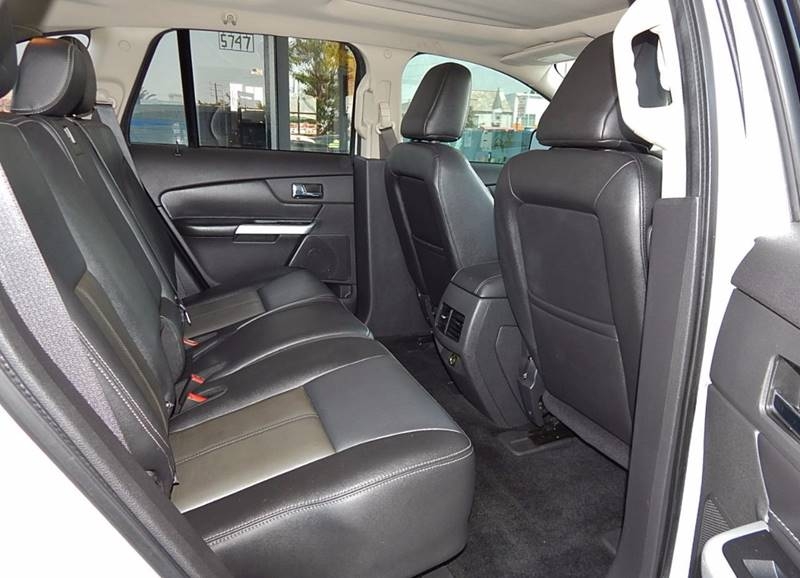 2011 Ford Edge for sale at BEST DEAL MOTORS INC. CARS AND TRUCKS FOR SALE in North Hollywood , Los Angeles CA
