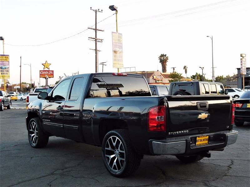 2009 Chevrolet Silverado 1500 for sale at BEST DEAL MOTORS INC. CARS AND TRUCKS FOR SALE in Sun Valley, CA