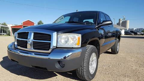 2005 Dodge Dakota for sale at Allen Auto & Tire in Britt IA