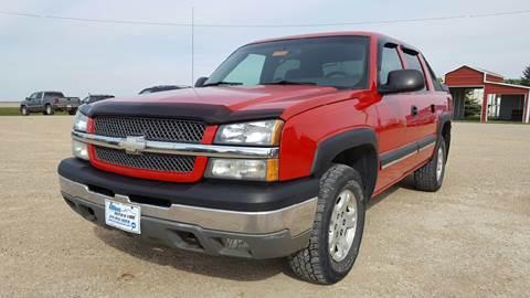 2003 Chevrolet Avalanche for sale at Allen Auto & Tire in Britt IA