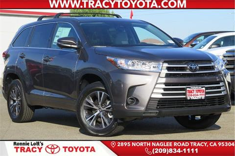 2017 Toyota Highlander for sale in Selma, CA