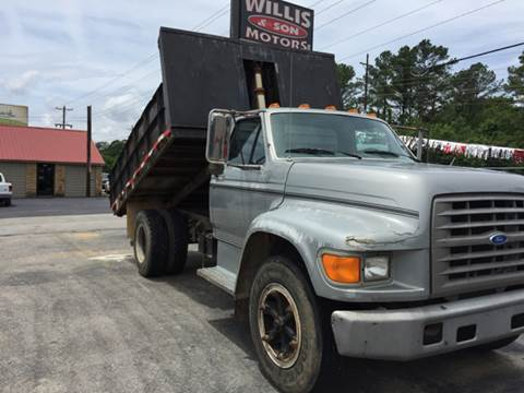 1995 Ford F-700 for sale in Muscle Shoals, AL