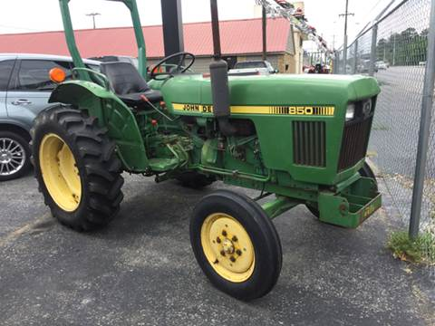 2000 John Deere 850 for sale in Muscle Shoals, AL
