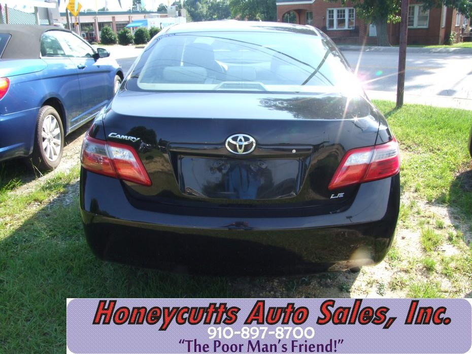 2007 Toyota Camry for sale at Honeycutt's Auto Sales, Inc. in Coats NC
