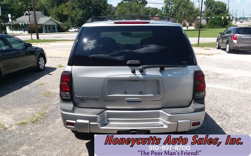 2008 Chevrolet TrailBlazer for sale at Honeycutt's Auto Sales, Inc. in Coats NC