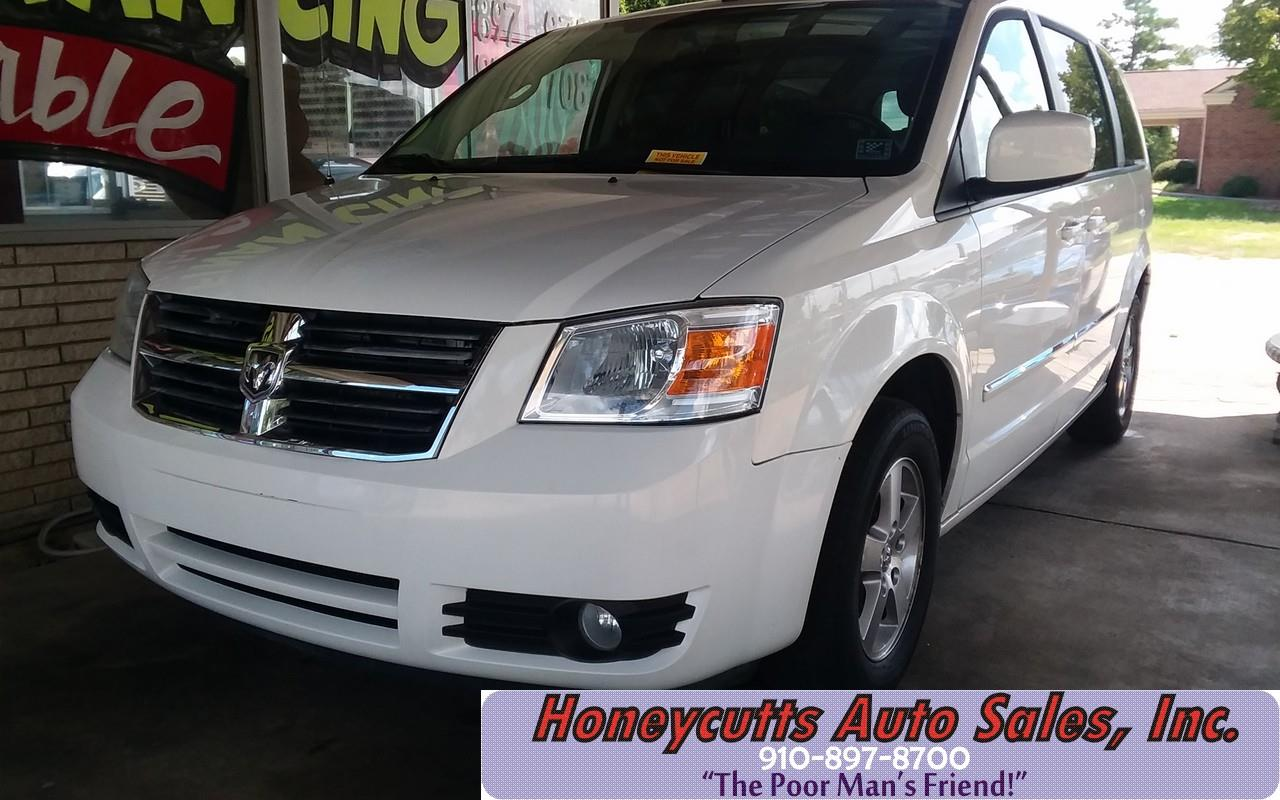2013 Dodge Avenger for sale at Honeycutt's Auto Sales, Inc. in Coats NC