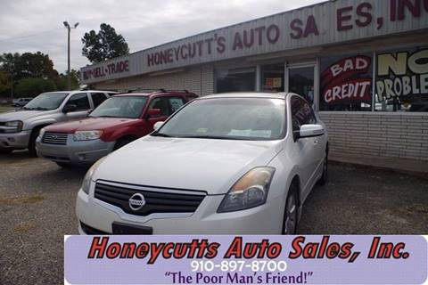 2008 Nissan Altima for sale at Honeycutt's Auto Sales, Inc. in Coats NC