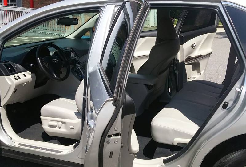 2010 Toyota Venza for sale at Auto Source  LLC in Acworth GA