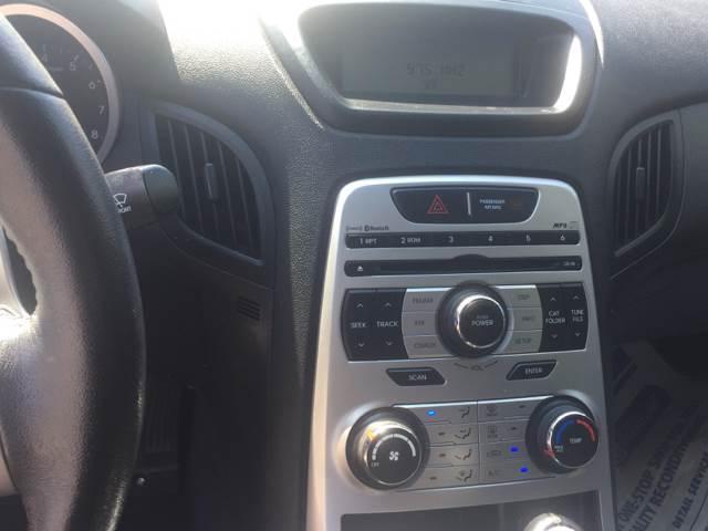2010 Hyundai Genesis Coupe for sale at Auto Source  LLC in Acworth GA
