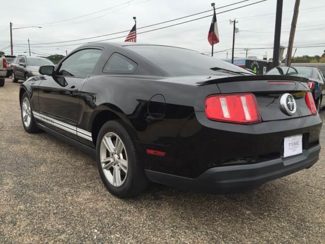 2010 Ford Mustang V6 2dr Coupe - Arlington TX