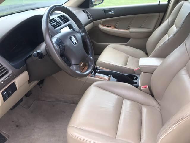 2005 Honda Accord for sale at Champion Motorcars in Springdale AR