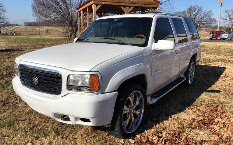 2000 Cadillac Escalade for sale at Champion Motorcars in Springdale AR