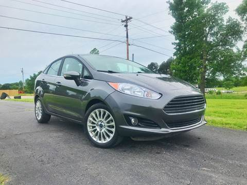 2015 Ford Fiesta for sale at Champion Motorcars in Springdale AR